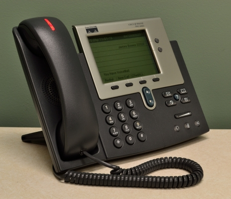 VoIP phone integrated with Microsoft Teams